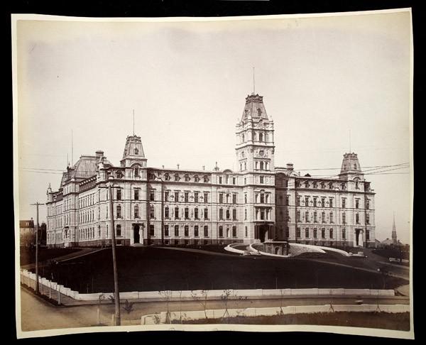 Le parlement et la rue Saint-Eustache, [entre 1891 et 1895].